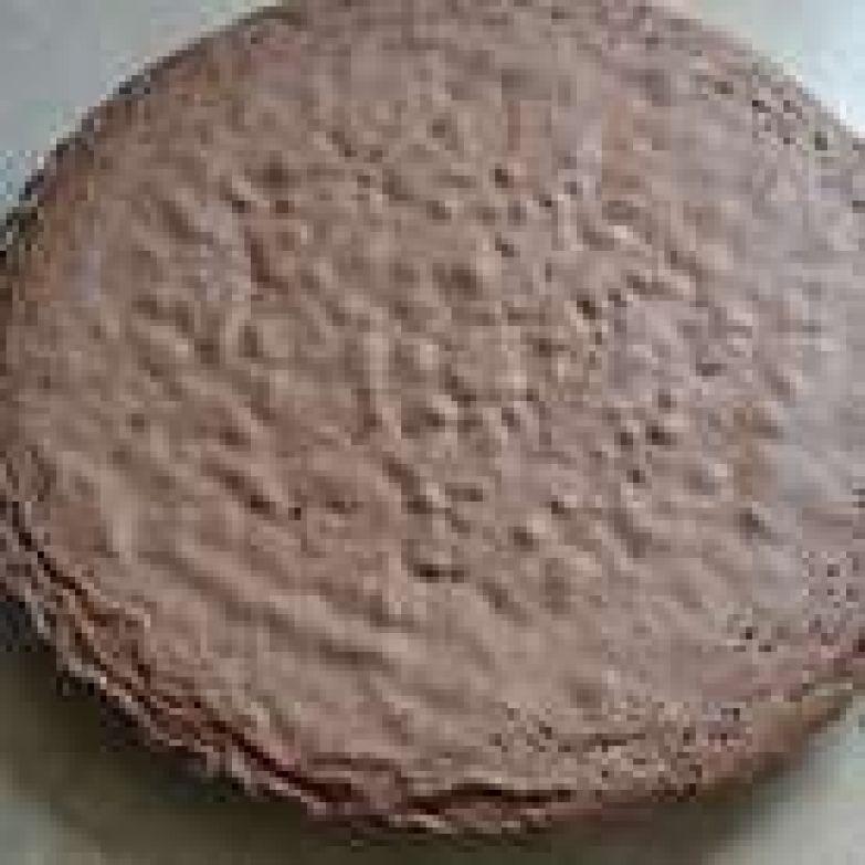 В любом случае, следить по своей духовке за готовностью бисквита.