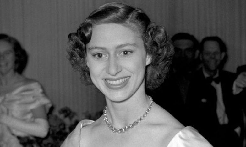 Младшая сестра королевы Елизаветы II принцесса Маргарет.
