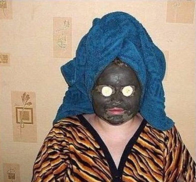 Жена наложила маску на лицо и вышла из спальни... собака не лает уже два дня брак, девушки, прикол, развод, свадьба, юмор