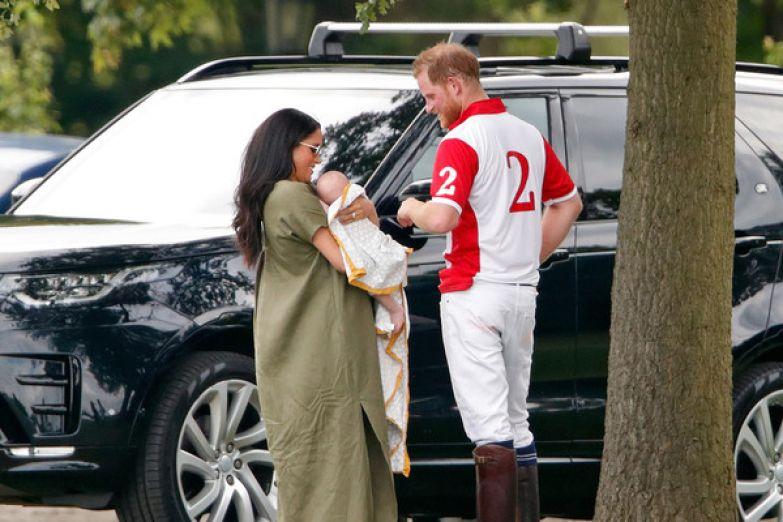 Первые несколько недель после родов герцогиня редко выходила в свет