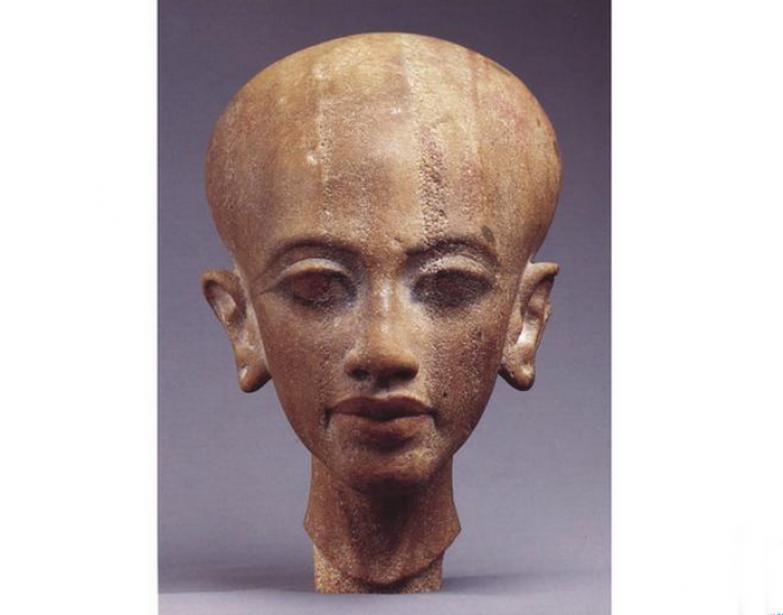 """Из каталога выставки""""Женщины Амарна: красота из Древнего Египта."""