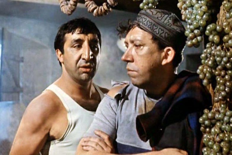 Актер играл вместе со многими звездами советского кино