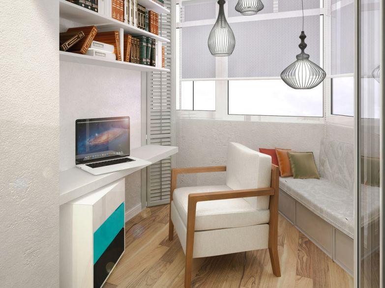 Функциональный кабинет на маленьком балконе фото