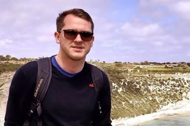 Иван Булдаков переехал с мамой на Мальту
