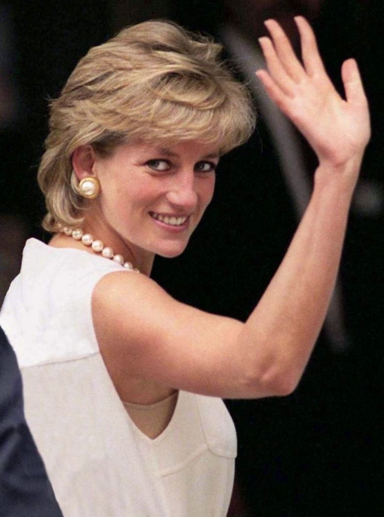 9. Диана никогда не была отличницей в школе королевская семья, принцесса диана, светская жизнь, факты