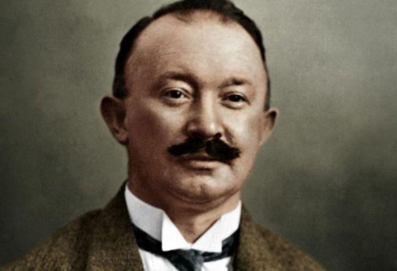 Дизайнер и основатель знаменитого бренда Хьюго Босс | Фото: wlooks.ru