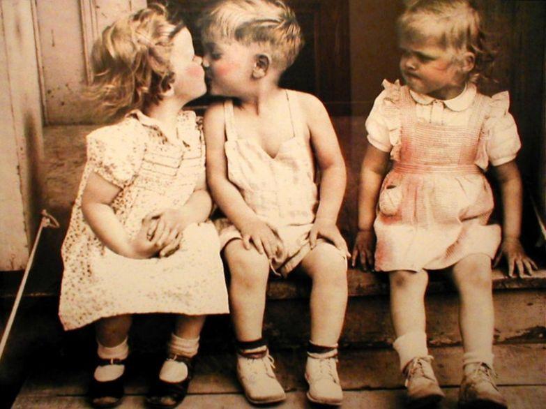 Зависть присуща людям в любом возрасте девушки, зависть, прикол, юмор