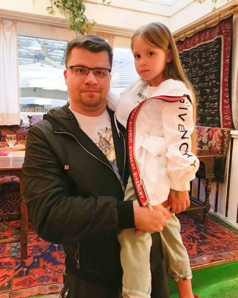 Дочери артистов Анастасии пять лет