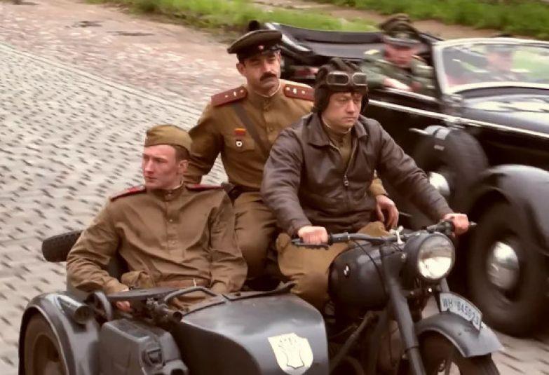 Многие зрители не оценили картину, посчитав ее издевательством над теми, кто воевал во время Второй мировой