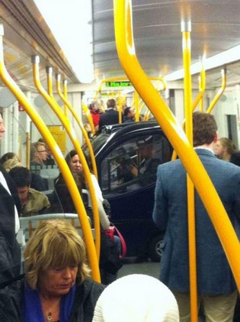 Самые сексуальные пассажирки общественного транспорта фото 19 фотография