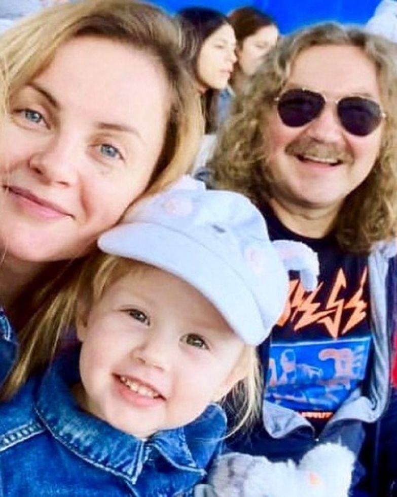 Юлия и Николай воспитывают четырехлетнюю дочь