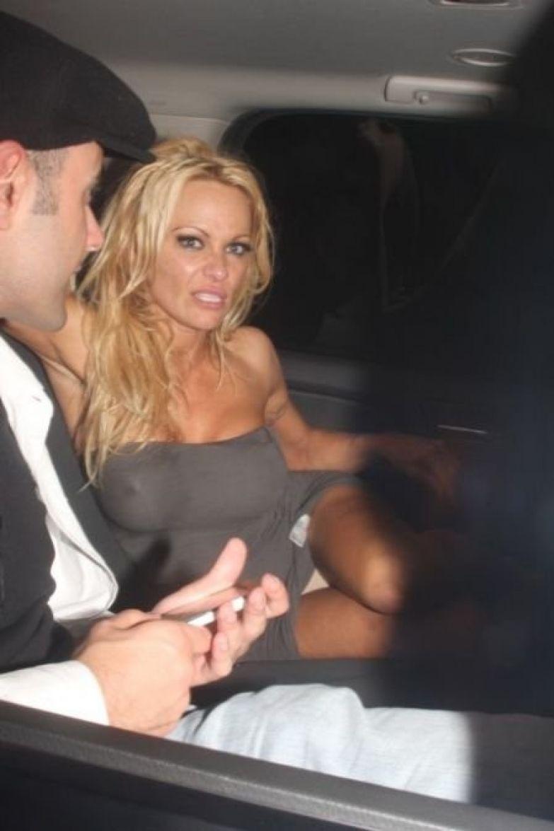 Скандальные фотографии звезд, которые не должны были попасть в интернет звезды, скандал