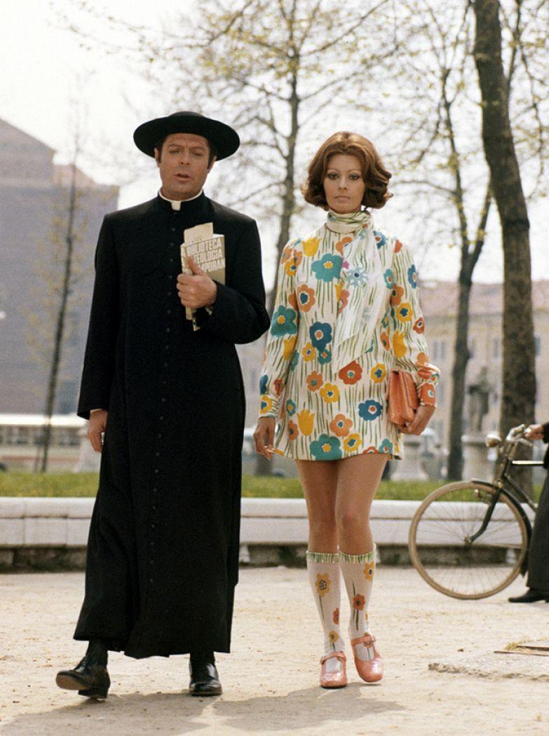 Софи Лорен и Марчелло Мастроянни на съемках фильма «Жена священника» (1970)