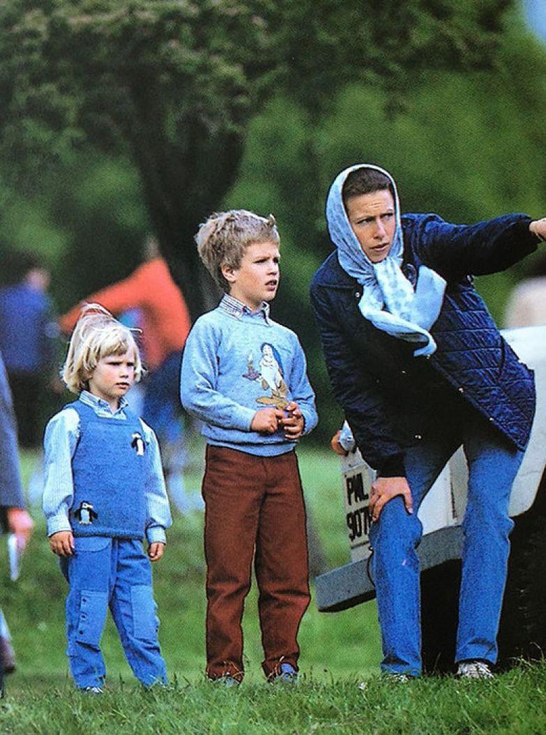 Принцесса Анна с дочерью Зарой и сыном Питером