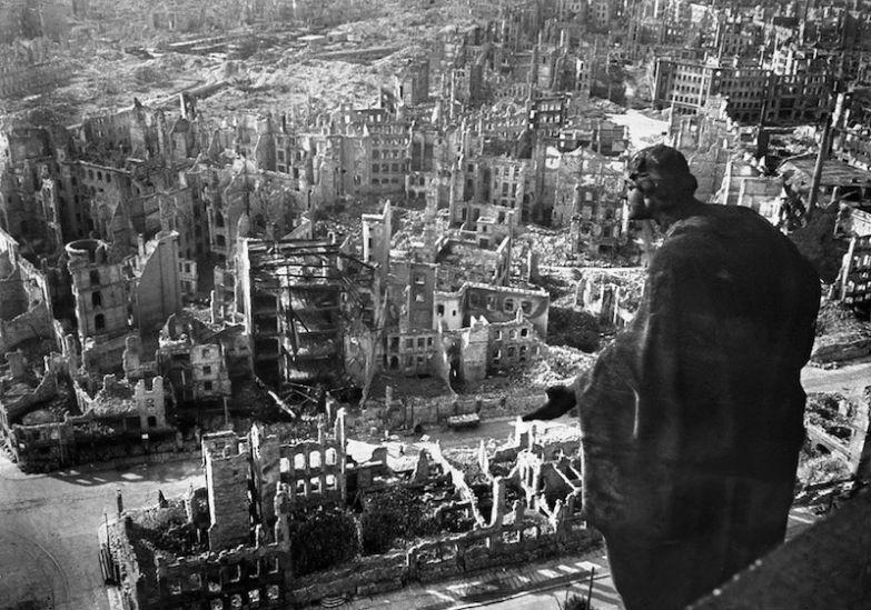 Дрезден после бомбардировок, 1945
