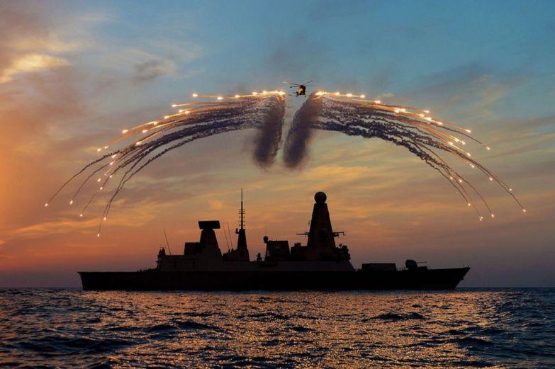 Дейв Джанкинс. Праздник в королевском флоте Великобритании.