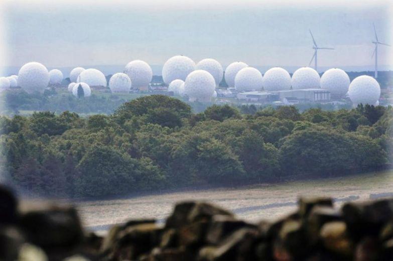 2. Военная база Ментвит-Хилл (Северный Йоркшир, Великобритания) вокруг света, интересное, факты
