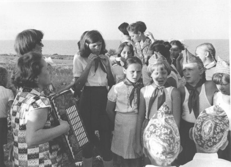 Кружок пения посещали чаще всего девочки. /Фото: citifox.ru