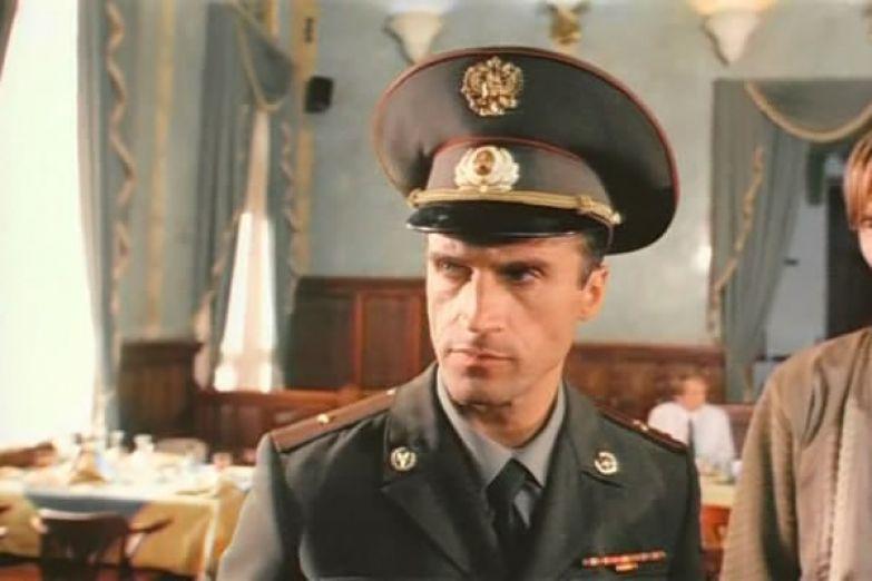 Александр Дедюшко часто играл военных
