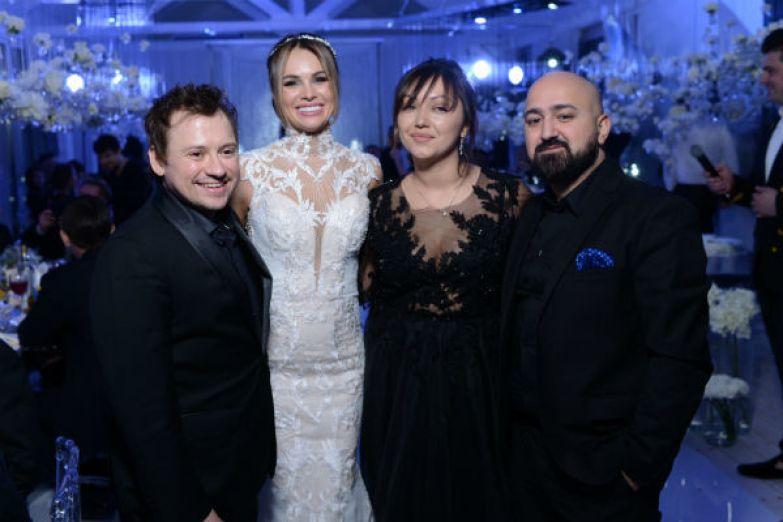Андрей Гайдулян с женой Дианой, а так же Арам Арчер поздравили супругов