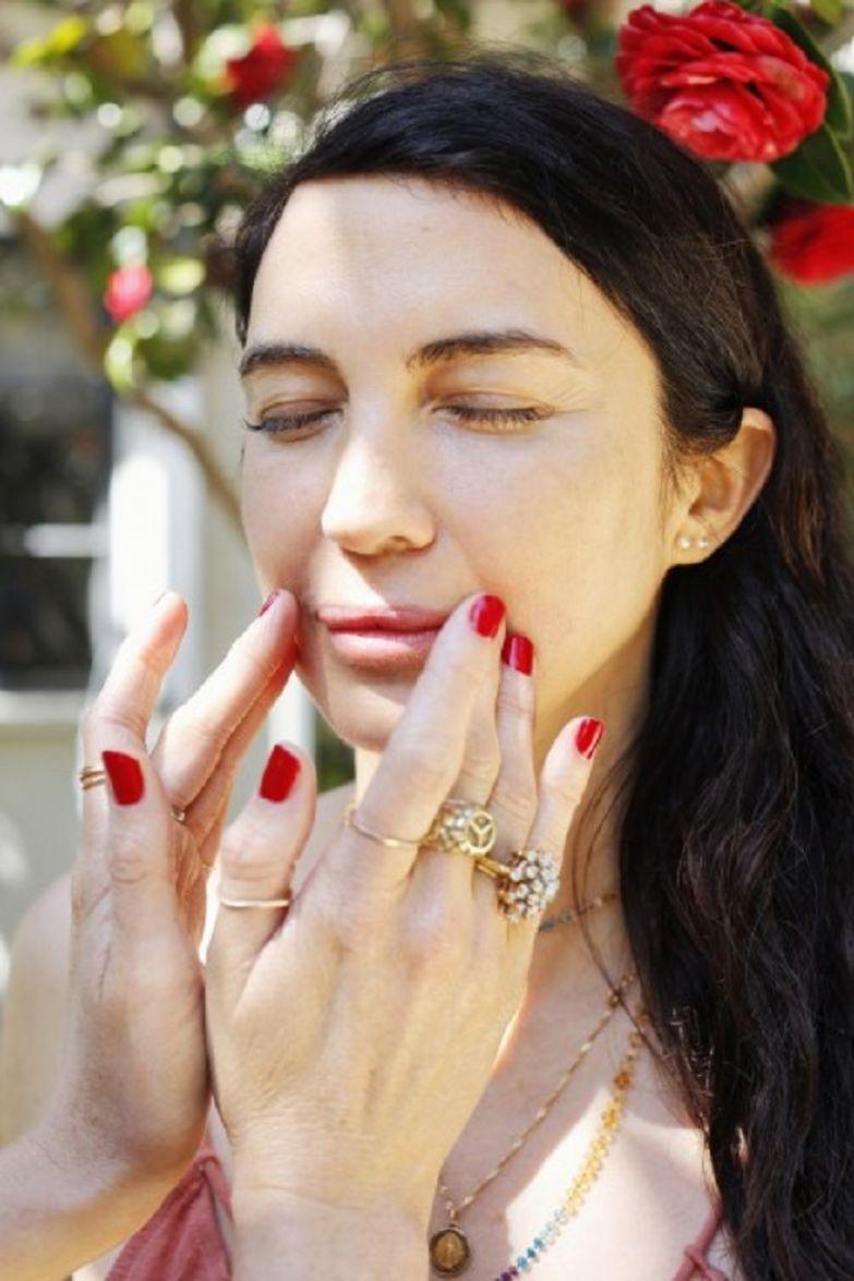 как ухаживать за зрелой кожей лица