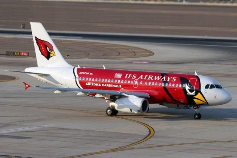 А вот ещё одна «злая птичка», на этот раз от американской футбольной команды Arizona Cardinals. необычные самолёты, раскраска, самолёты