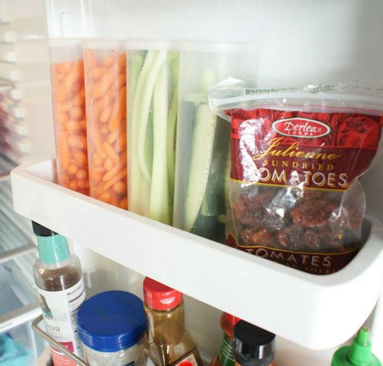 Для хранения нарезанных овощей используйте прозрачные контейнеры