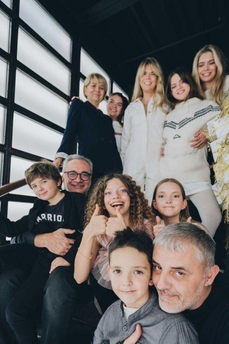 Брежнева любит проводить время с родными