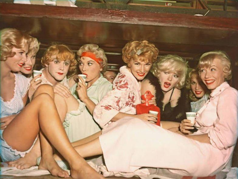 """На съемочной площадке """"В джазе только девушки"""" в джазе только девушки, мэрилин монро, ностальгия"""