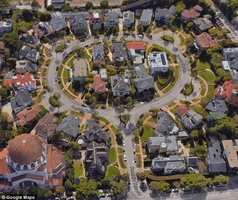 Богатые владения парочки: дороги, тропинки, деревья, газоны жилье, муж и жена, недвижимость, покупка, сша, фото, хитрости