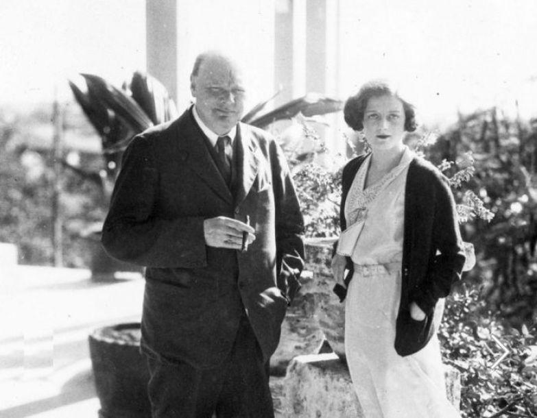Уинстон Черчилль с дочерью Дианой. / Фото: www.gettyimages.com