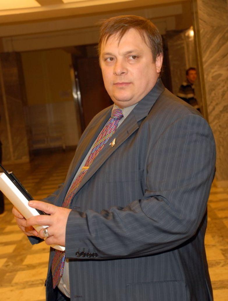 Андрей Разин переживает за здоровье Заворотнюк