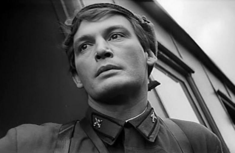 Василий Лановой в фильме *Офицеры*, 1971 | Фото: kino-teatr.ru