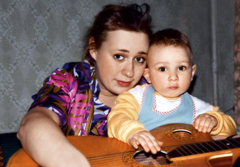 Мария Аронова назвала сына Владиславом в честь его отца