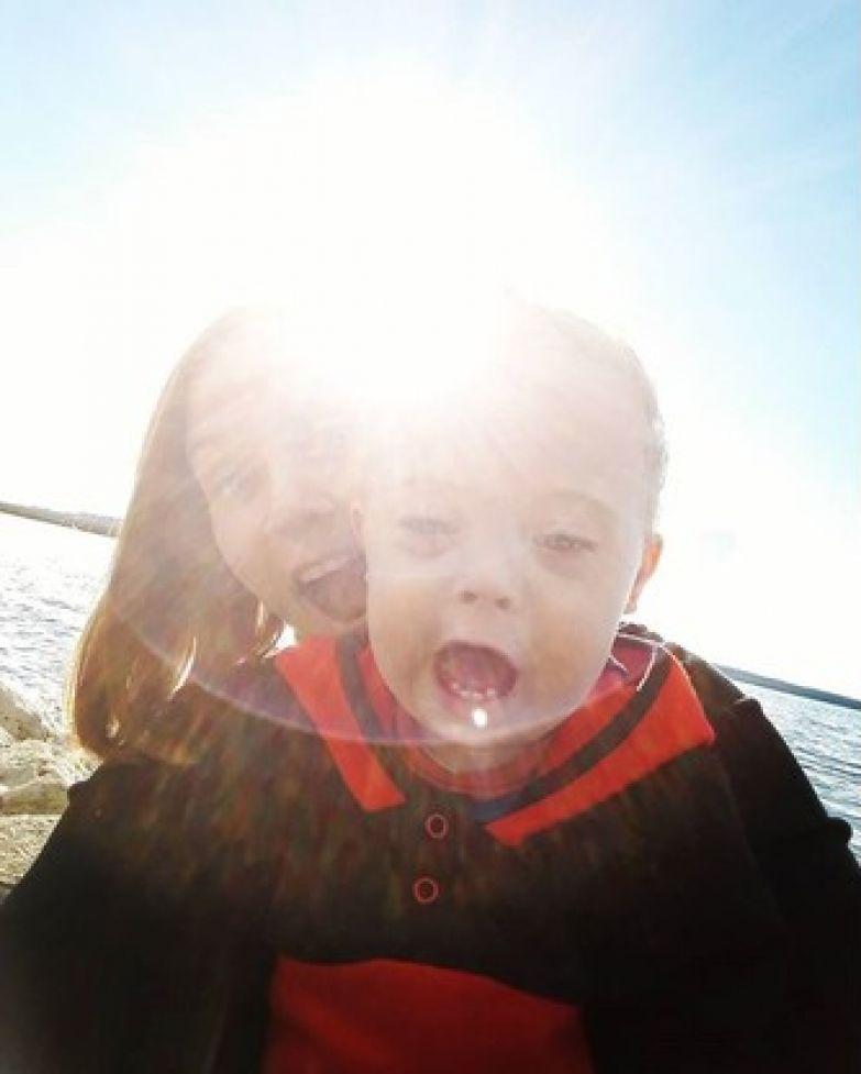 «Как выписываться будем – с одним или с двумя?»: история мамы необычной двойни