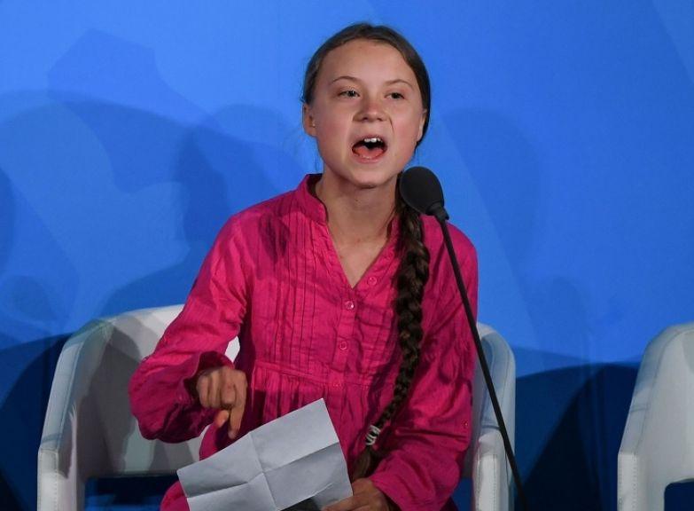 Почему мир критикует 16-летнюю девочку, которая хочет спасти нашу планету