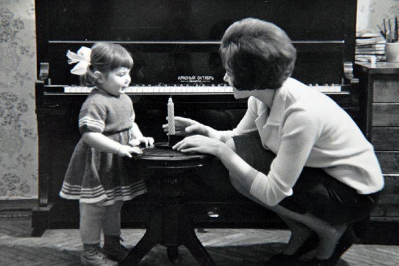 Рождение дочери Илоны не смягчило характер Броневицкого