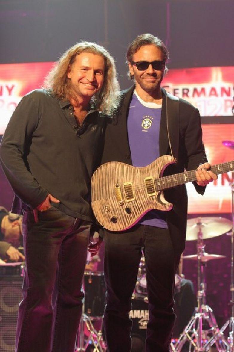 Агутин записал альбом с американским джазовым гитаристом Элом Ди Меолой