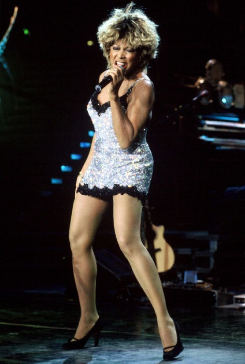 Певица и танцовщица, заставлявшая публику трепетать на своих концертах. | Фото: express.co.uk.