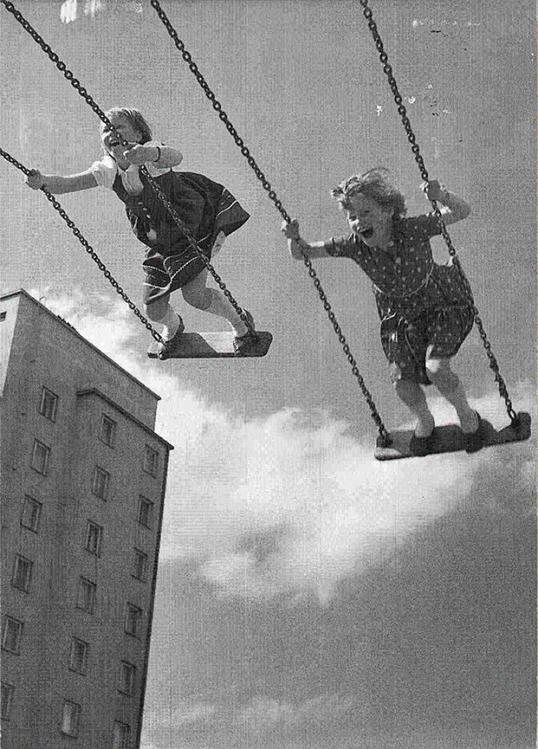 36. Крылатые качели архивные фотографии, лучшие фото, ретрофото, черно-белые снимки