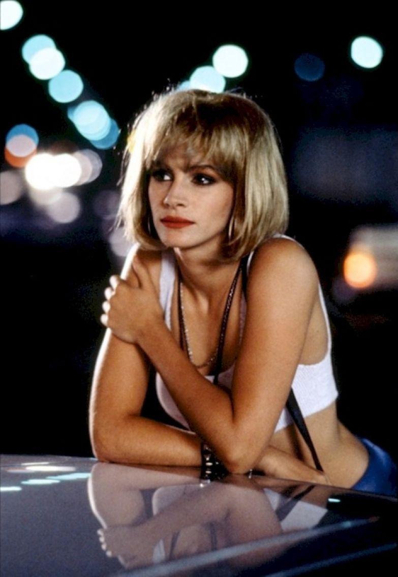 """1. Джулия Робертс сыграла в """"Красотке""""Вивьен Уорд, однако поначалу эту роль предлагали Молли Рингуолд. Она говорит, что сожалеет, что отклонила это предложение. Ричард Гир, актеры, джулия робертс, кино, красотка, факты"""