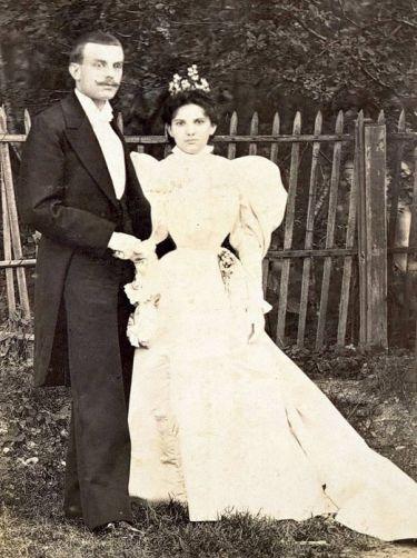 Фотография супругов Альфреда Ван Клифа и Эстель Арпельс, сделанная в 1896 году, в год их свадьбы