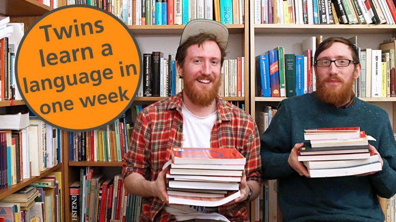 Мэтья (слева) и его брат Майкл обожают учить иностранные языки