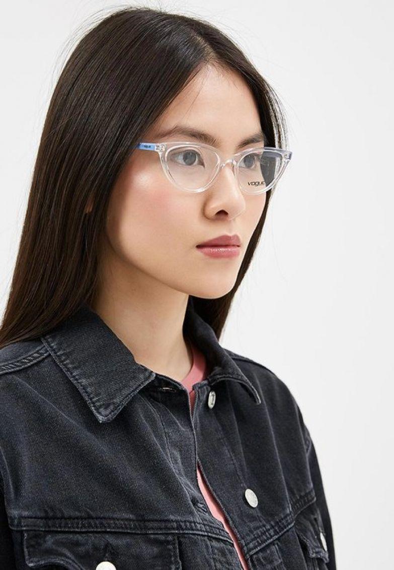 Vogue Eyewear, 4 799 руб. (на сайте Lamoda)