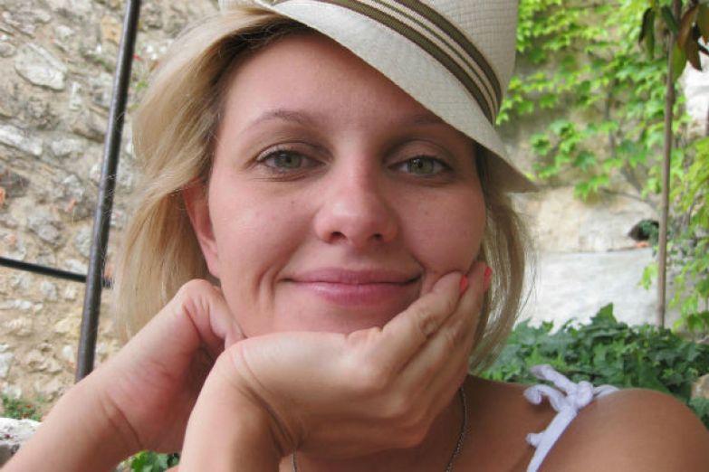 Будучи женой популярного артиста, Елена давно привыкла к интересу поклонников к ее личной жизни