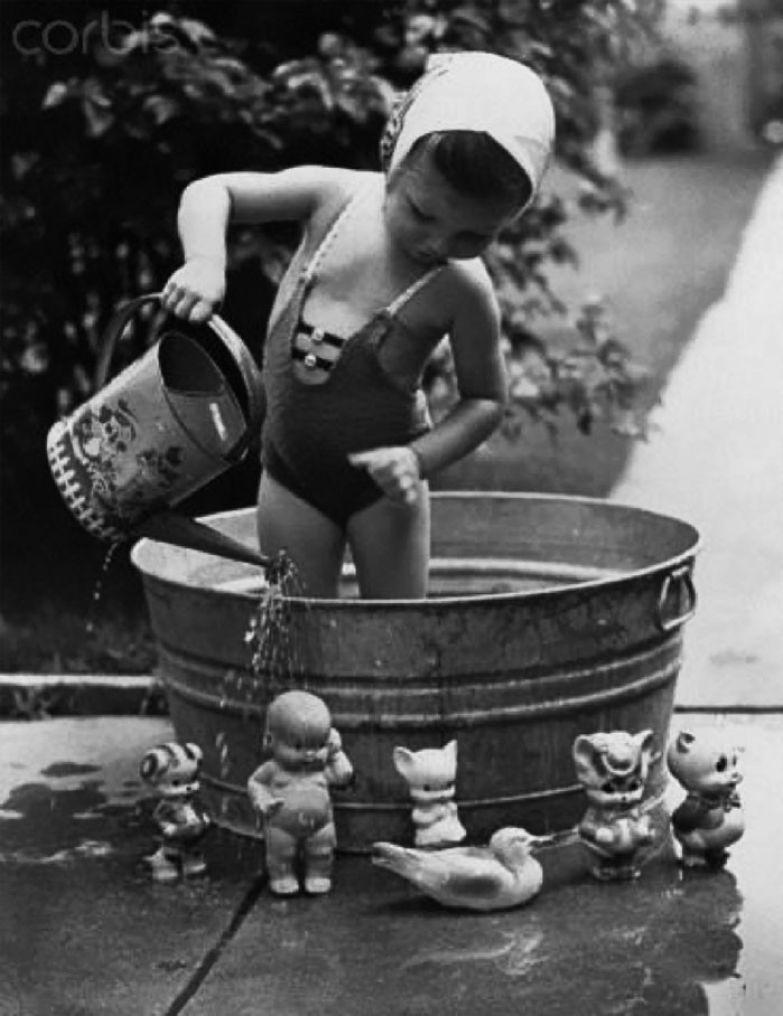 37. Время водных процедур архивные фотографии, лучшие фото, ретрофото, черно-белые снимки