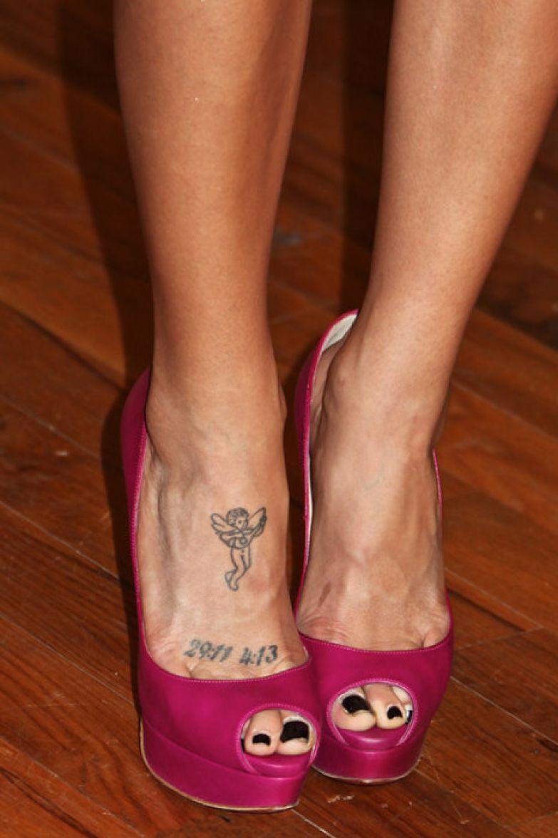 татуировки звезд фото