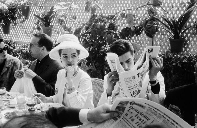 Роми Шнайдер в Chanel и Ален Делон в Каннах, 1962