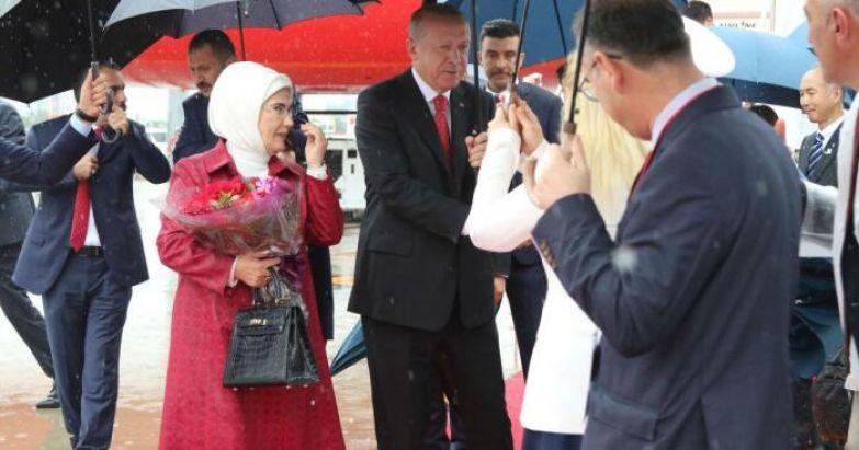 Реджеп Тайип Эрдоган и Эмине Эрдоган. / Фото: www.dilrukshigamage.com
