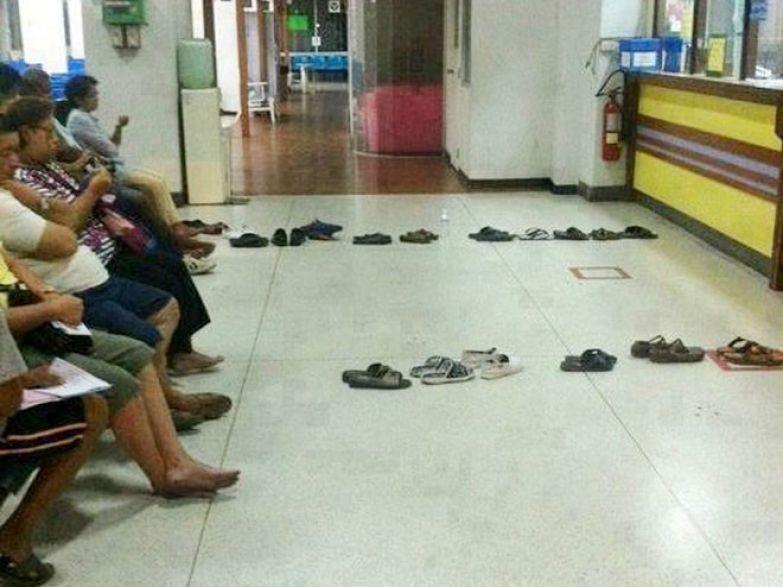 Самая разумная в мире очередь люди, таиланд, юмор